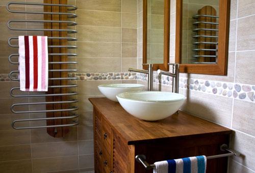 Waschtisch mittelpunkt des badezimmer m bellexikon for Ikea kolonialstil