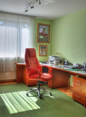 Arbeitszimmermöbel