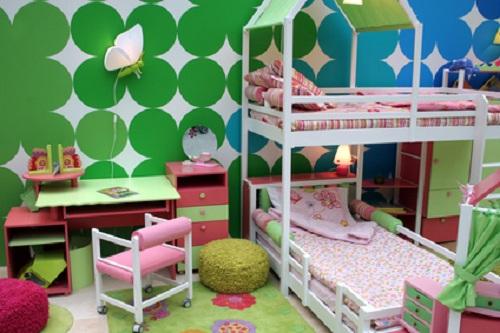 Sichere Kinderzimmermöbel