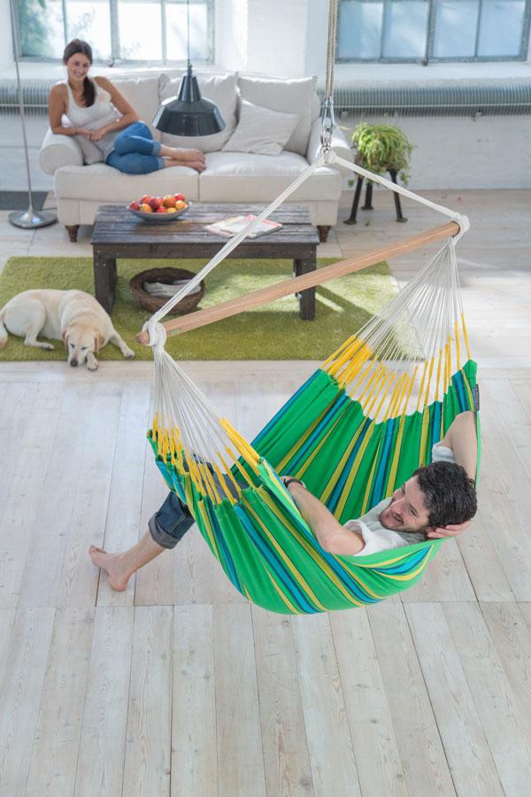 h ngesessel sind nicht nur f r den garten geeignet m bellexikon. Black Bedroom Furniture Sets. Home Design Ideas
