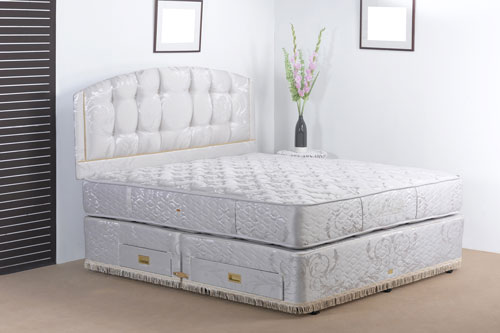 boxspringbetten entwickeln sich zum neuen trend m bellexikon. Black Bedroom Furniture Sets. Home Design Ideas